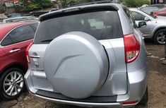 2007 Toyota RAV4 Gray Tokunbo Jeep in Lagos