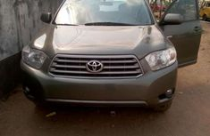 Used Toyota Highlander 2000 Tokunbo Gray Jeep