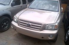 Toyota Highlander SUV Foreign Used 2004 Model Silver
