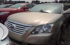 Foreign Used Toyota Avalon 2006 Model Gold