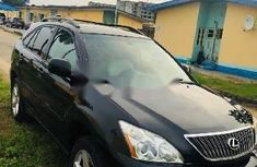 Neat Nigerian used Lexus RX 2005