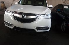 Tokunbo Acura MDX 2015 Model White
