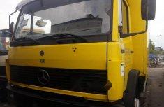 Tokunbo Mercedes-Benz 1113 2000 Model Yellow