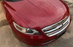 Tokunbo Ford Taurus 2010 Model Red
