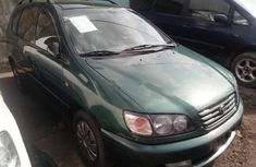 Foreign Used Toyota Picnic 2002 Model Green