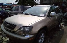 Neat Foreign used 2000 Lexus RX