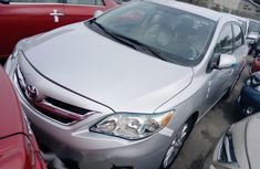 Clean Foreign used Toyota Corolla 2013
