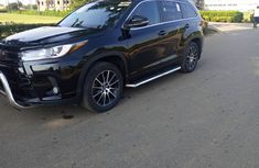 Toyota Highlander SUV Foreign Used 2015 Black Colour