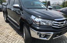 Neat Foreign used Toyota Hilux
