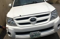 Nigerian Used 2009 Toyota Hilux Petrol