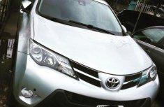 Neat Nigerian used 2015 Toyota RAV4
