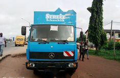Tokunbo Mercedes-Benz 814 1999 Model Blue