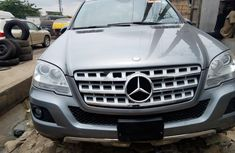 Tokunbo Mercedes-Benz ML350 2010 Model Silver