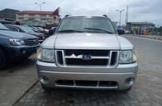 Foreign Used Ford Explorer 2005