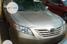 Neat Nigerian used Toyota Camry 2007 Gold