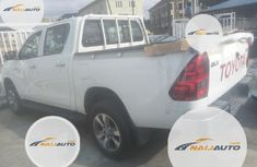 Neat Foreign used Toyota Hilux 2019 White
