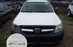 Neat Nigerian Used Toyota Hilux 2008 White