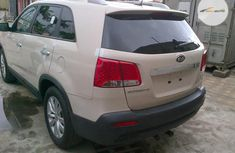Clean Foreign used Kia Sorento 2011 White