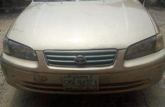 Neat Nigerian used Toyota Camry 2000 Gold