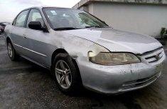 Properly maintained Nigerian used Honda Accord 2001
