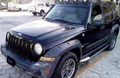 Neat Nigerian used Jeep Liberty 2006