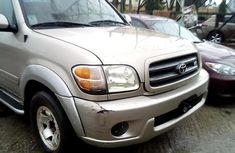 Well Maintained Nigerian used 2004 Toyota Sequoia
