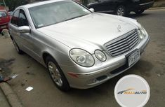 Foreign Used Mercedes-Benz E350 2005 Model Silver
