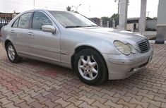 Super Clean Nigerian used  2004 Mercedes-Benz C200