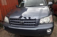 Clean Foreign used Toyota Highlander 2001