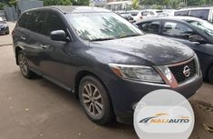 Foreign Used Nissan Pathfinder 2015 Model Gray