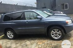 Clean Foreign used Toyota Highlander 2006 Gray
