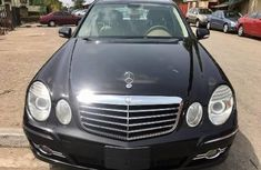 Neat Foreign used Mercedes-Benz E350 2008