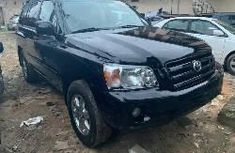 Clean Foreign used Toyota Highlander 2004