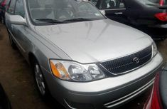 Clean Foreign used 2001 Toyota Avalon