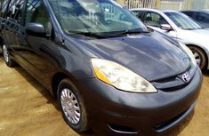Used Toyota Sienna for Sale in Nigeria Blue 2008 Model
