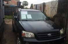 Nigerian Used Toyota Highlander for sale in Lagos 2003 Jeep