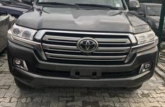 Neat Foreign used 2017 Toyota Land Cruiser