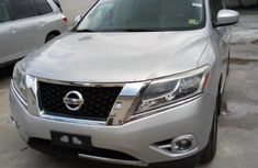 Very Clean Foreign used Nissan Pathfinder 2016