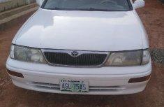 Nigeria Used Toyota Avalon 1999 Model White