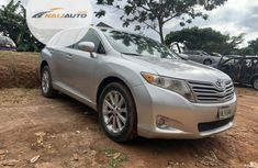Neat Foreign used Toyota Venza 2012 Silver