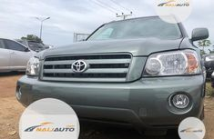 Very Clean Foreign used Toyota Highlander 2007 Limited V6 Green