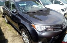Very Clean Foreign used 2014 Toyota RAV4