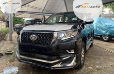 Very Clean Foreign used Toyota Land Cruiser Prado 2019 VXR Black