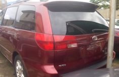 2005 Toyota Sienna Foreign Used Red Minibus