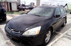 Clean Nigerian used 2004 Honda Accord