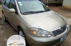 Nigerian Used Toyota Corolla LE 2004 Gold