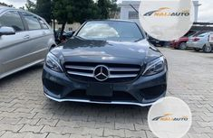 Neat Foreign used Mercedes-Benz C400 2016 Gray