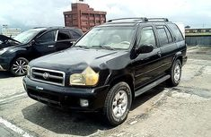 Very Clean Nigerian used Nissan Pathfinder 2001