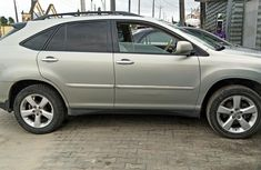 Lexus RX 330 Nigeria Used 2005 Model Silver