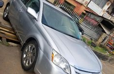 Foreign Used Toyota Avalon 2006 XLS Silver